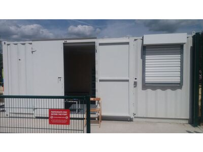 CONTAINER CONVERSION CASE STUDIES 20ft with office partition and roller shutter CS30600
