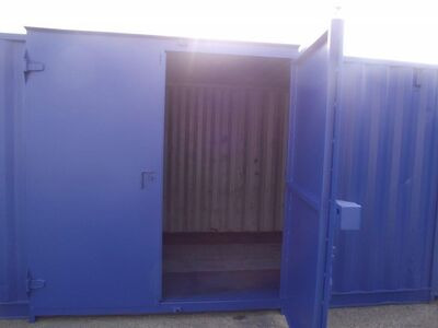 SHIPPING CONTAINERS 15ft side doors 20539
