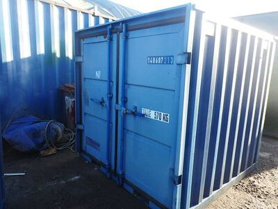 SHIPPING CONTAINERS 6ft S2 doors 33935