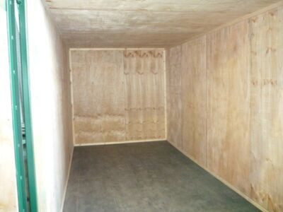 SHIPPING CONTAINER 10ft Lined SC11