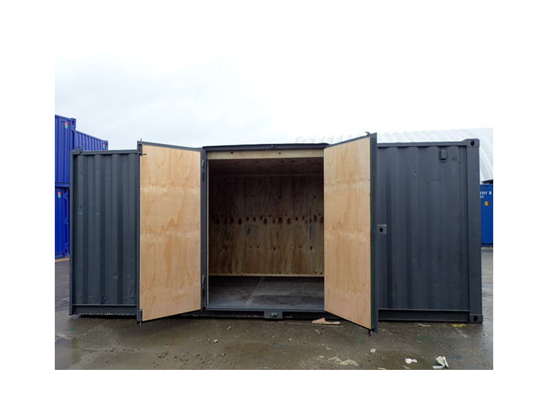 CONTAINER CONVERSION CASE STUDIES 15ft + 2 x 20ft side doors, ply lined CS25611 click to zoom image