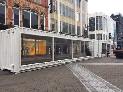 CONTAINER CONVERSION CASE STUDIES Container Pop Up Catwalk CS37704