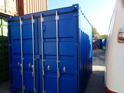 SHIPPING CONTAINERS 8ft S2 doors