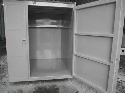 SHIPPING CONTAINERS 6ft x 6ft x 7ft tool vault 29513
