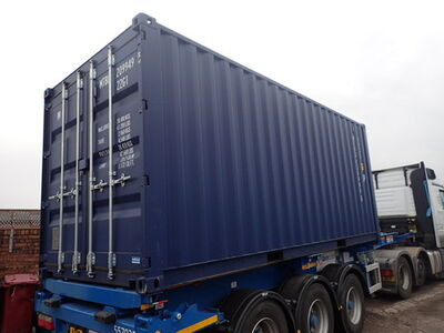 SHIPPING CONTAINERS 20ft ISO blue MTBU2099495