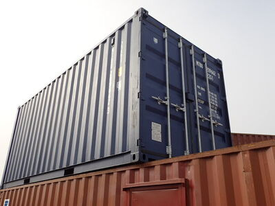 SHIPPING CONTAINERS 20ft ISO MB01