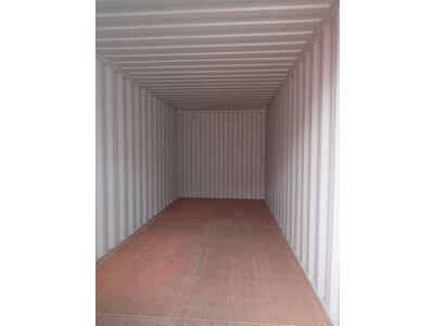 SHIPPING CONTAINERS 20ft ISO green MTBU2110547 click to zoom image