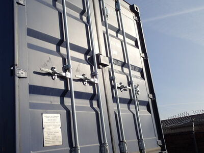 SHIPPING CONTAINERS 20ft ISO green MTBU2101838