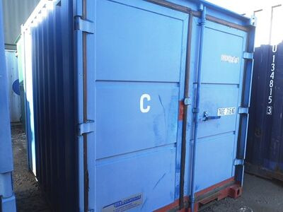 SHIPPING CONTAINERS 8ft S1 High Cube