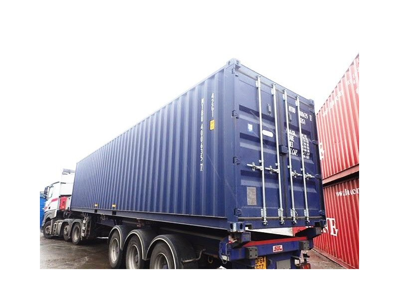 SHIPPING CONTAINERS 40ft ISO blue MTBU4006357 click to zoom image
