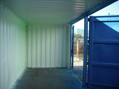 SHIPPING CONTAINERS Container Side Doors