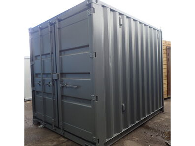SHIPPING CONTAINERS 8ft S3 doors