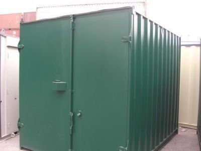 SHIPPING CONTAINERS 10ft S1 doors repainted green HL19