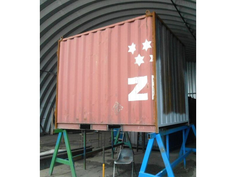 SHIPPING CONTAINERS 10ft S2 doors with fork pockets HL21 click to zoom image