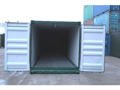 SHIPPING CONTAINERS 30ft once used Hawk H30