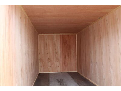 SHIPPING CONTAINERS 20ft once used ply lined container PO920