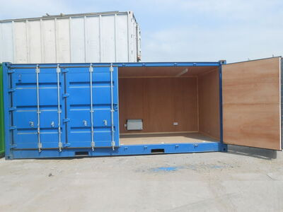 SHIPPING CONTAINERS 20ft full side opening, lined and electrics SC65 click to zoom image