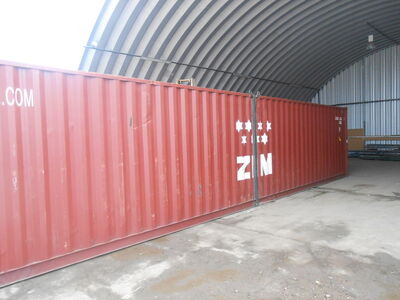 SHIPPING CONTAINERS 40ft transportable as 2 x 20ft units SC70