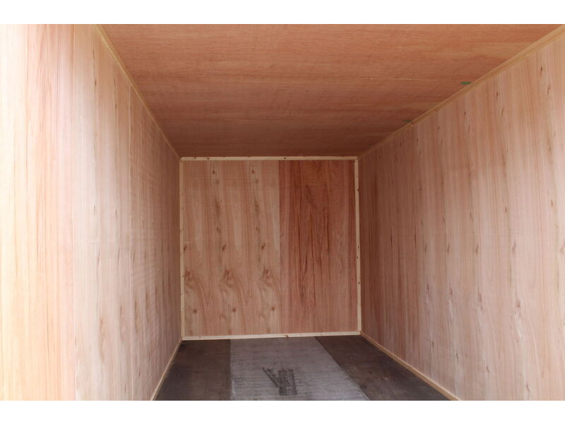 SHIPPING CONTAINERS 10ft Plylined & Insulated click to zoom image