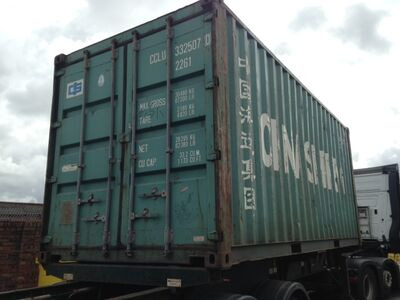 SHIPPING CONTAINERS Green 20ft FG original doors