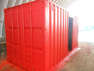 SHIPPING CONTAINERS 14ft conversion with aperture SC86