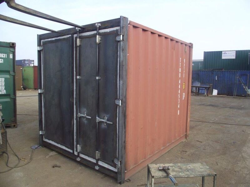 SHIPPING CONTAINERS 10ft S3 doors 30179 click to zoom image