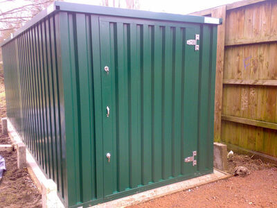 FLAT PACK CONTAINERS FOR SALE 3m self assembly green 14306