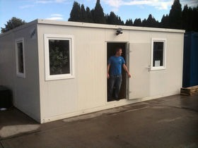 Self assembly 20ft offices - man portable!